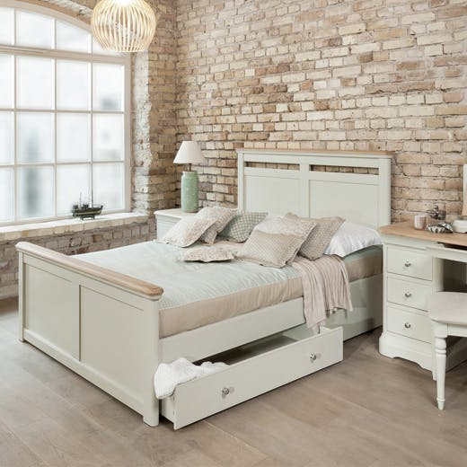 New Middleton Storage Bed