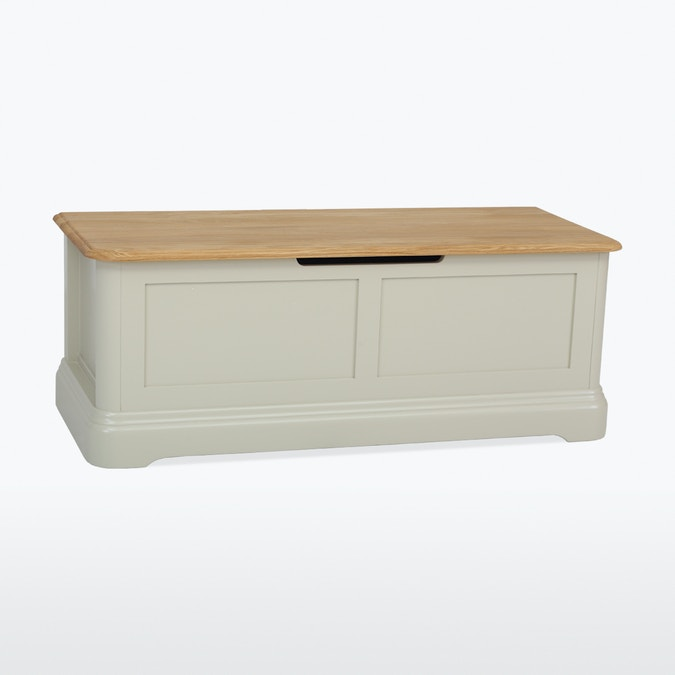New Middleton Blanket Box-Factory Stock