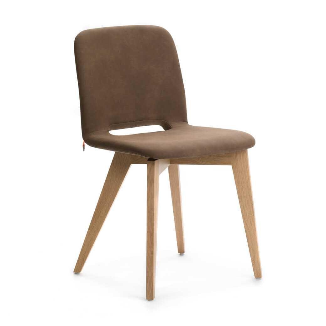 Pamp Chair-Wooden Legs