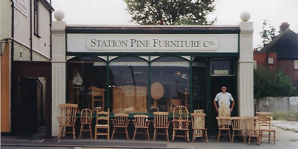Station Furniture in the 1990s